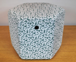 Puff hexagonal Pixel REmuebles (4)