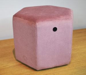 Puff hexagonal rosa REmuebles (1)